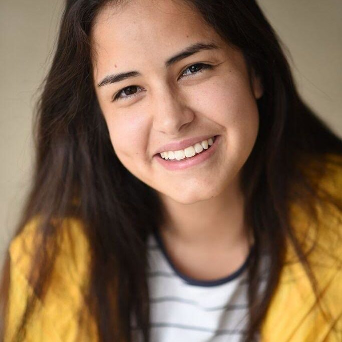 '17 Laura Galindo Head Shot